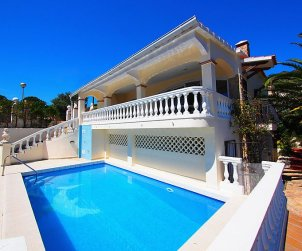 Villa   à Rosas pour 10 personnes avec piscine privée p1