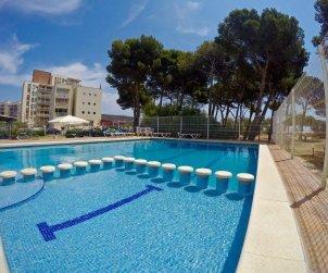 Flat   L'Estartit 4 persons - comunal pool and near sea p1