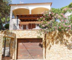 Villa   à Pals pour 4 personnes avec piscine commune p0