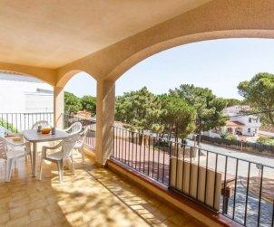 Villa   à Pals pour 4 personnes avec piscine commune p1