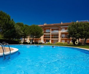 Appartement   à Pals pour 8 personnes avec piscine commune p0