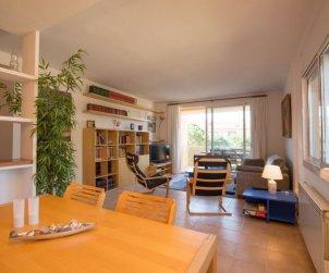 Appartement   à Pals pour 8 personnes avec piscine commune p2
