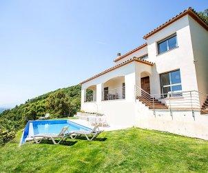 Villa   à Sta Cristina d'Aro pour 8 personnes avec piscine privée p0