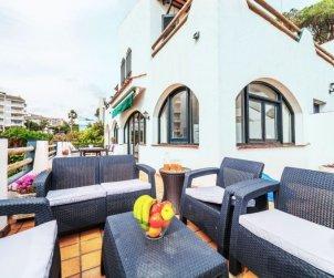 Villa   à Lloret del Mar pour 10 personnes avec belle vue mer p2