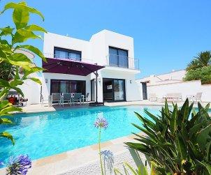 Villa   à Empuriabrava pour 10 personnes avec piscine privée p0