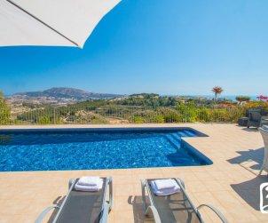 Villa   à Benissa pour 6 personnes avec piscine privée, vue mer et climatisation p0