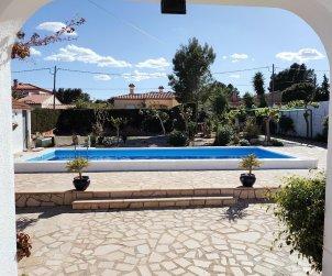 Villa   Ametlla de Mar para 6 personas con piscina privada p0