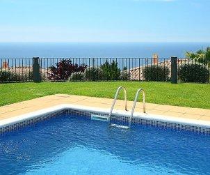 Villa   à Tossa de Mar pour 6 personnes avec piscine commune p0