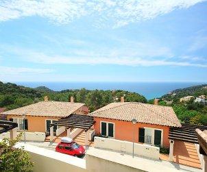 Villa   à Tossa de Mar pour 6 personnes avec piscine commune p2