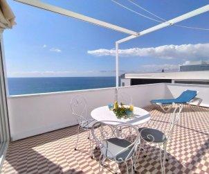 Appartement   à Benidorm pour 4 personnes avec belle vue mer p0