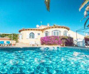 Villa   à Calpe pour 6 personnes avec piscine privée, climatisation et internet p0