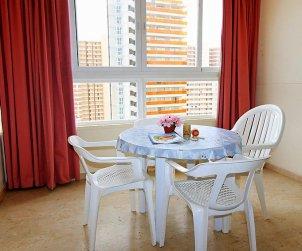 Appartement   à Benidorm pour 3 personnes avec piscine commune p2