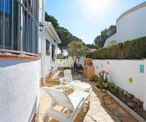 Villa   à Cambrils pour 9 personnes avec piscine commune p2