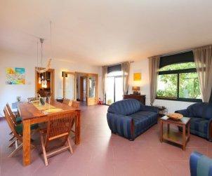 Villa   à Begur pour 6 personnes avec lave-vaisselle p1