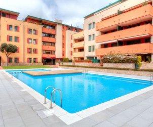 Appartement   à Lloret del Mar pour 5 personnes avec piscine commune p0