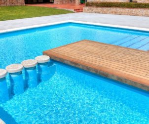 Appartement   à Lloret del Mar pour 5 personnes avec piscine commune p1