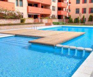 Appartement   à Lloret del Mar pour 5 personnes avec piscine commune p2