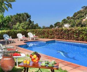 Villa   à Lloret del Mar pour 15 personnes avec piscine privée p1
