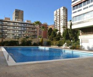 Apartamento   Benidorm para 6 personas con piscina comunitaria p1