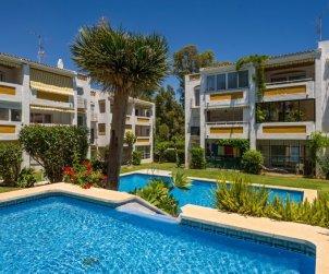 Appartement   à Mijas pour 6 personnes avec piscine commune p0