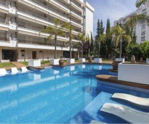 Appartement   à Lloret del Mar pour 6 personnes avec piscine commune p1