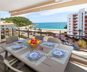 Appartement   à Lloret del Mar pour 6 personnes avec piscine commune p2