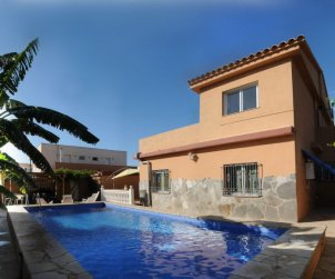 House   Vinaros 10 persons - private pool p0