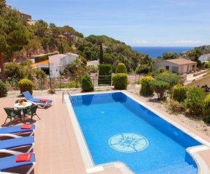 Villa   à Tossa de Mar pour 8 personnes avec piscine privée p0
