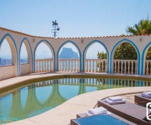 Villa   à Calpe pour 8 personnes avec piscine privée, climatisation et vue mer p2