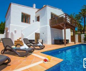 Villa   à Calpe pour 8 personnes avec piscine privée, climatisation et proche mer p1