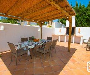 Villa   à Calpe pour 8 personnes avec piscine privée, climatisation et proche mer p2