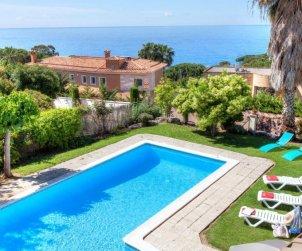 Villa   à Lloret del Mar pour 12 personnes avec piscine privée p0