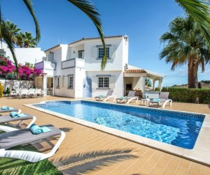 Villa   à Albufeira pour 8 personnes avec piscine privée p0