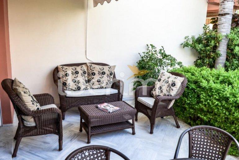 Villa   à Estepona pour 8 personnes avec piscine commune p9