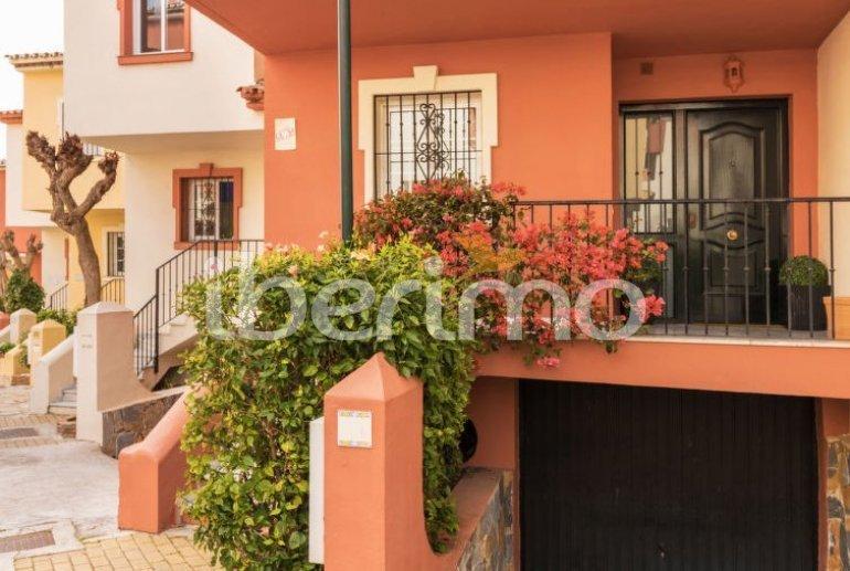 Villa   à Estepona pour 8 personnes avec piscine commune p5