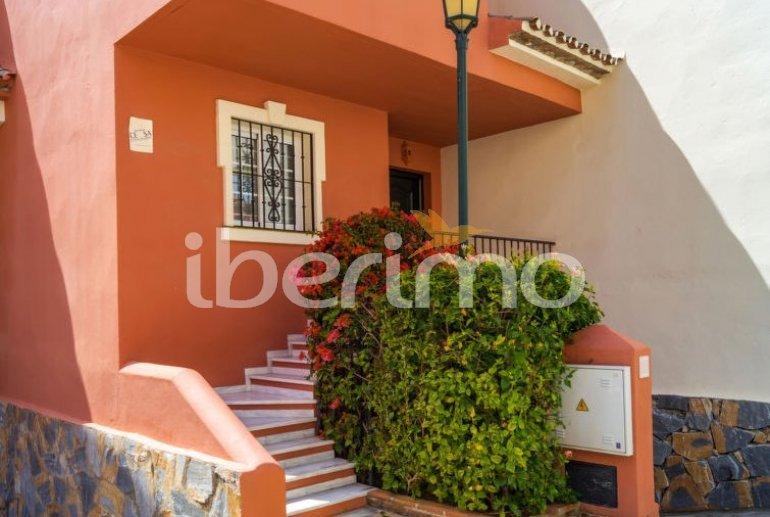 Villa   à Estepona pour 8 personnes avec piscine commune p6