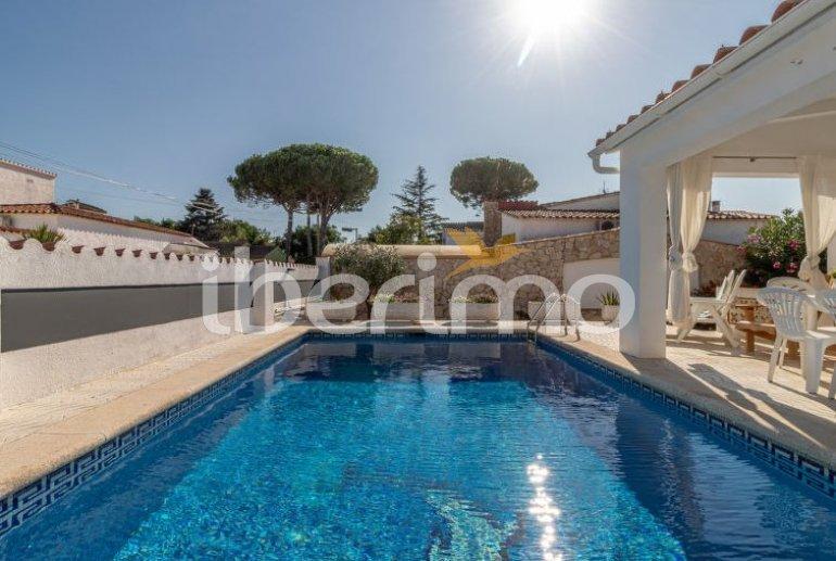 Villa   à Empuriabrava pour 6 personnes avec piscine privée p4