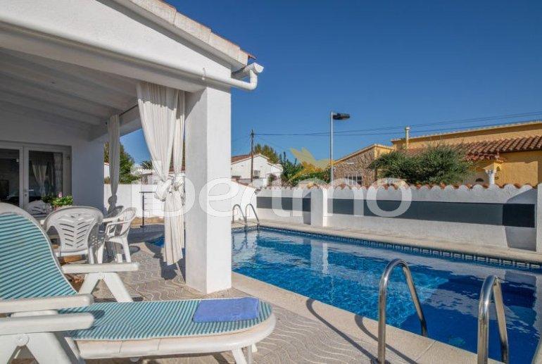 Villa   à Empuriabrava pour 6 personnes avec piscine privée p6