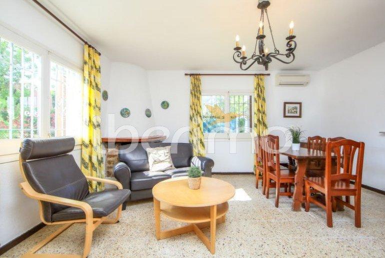 Villa   à Cambrils pour 6 personnes avec piscine commune p3
