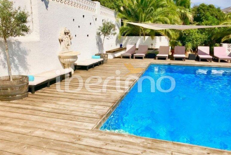Villa   à Moraira pour 8 personnes avec piscine privée p4