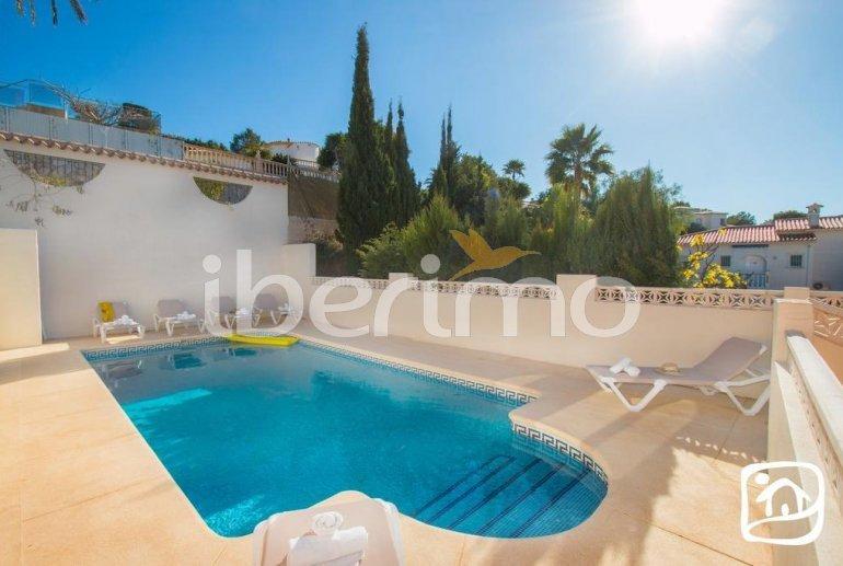 Grande villa   à Calpe pour 16 personnes avec piscine privée et internet p2