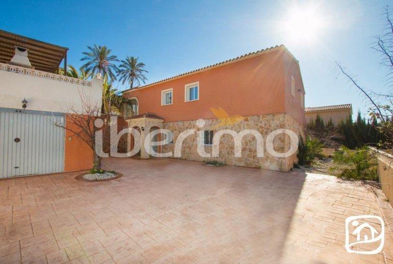 Grande villa   à Calpe pour 16 personnes avec piscine privée et internet p15