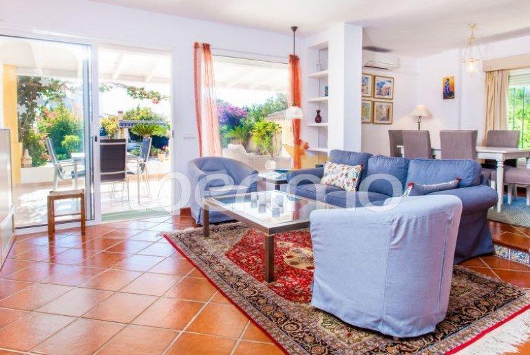 Villa   à Estepona pour 6 personnes avec piscine privée p9