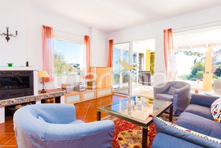 Villa   à Estepona pour 6 personnes avec piscine privée p10