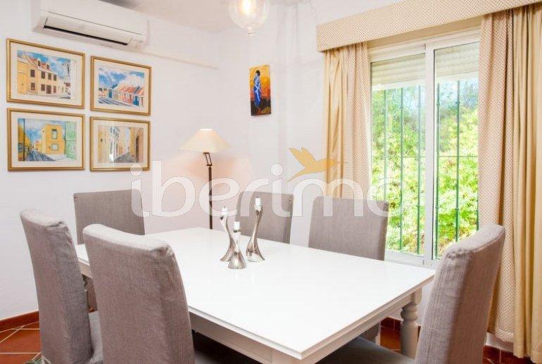 Villa   à Estepona pour 6 personnes avec piscine privée p11