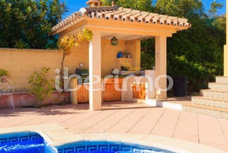 Villa   à Estepona pour 6 personnes avec piscine privée p3