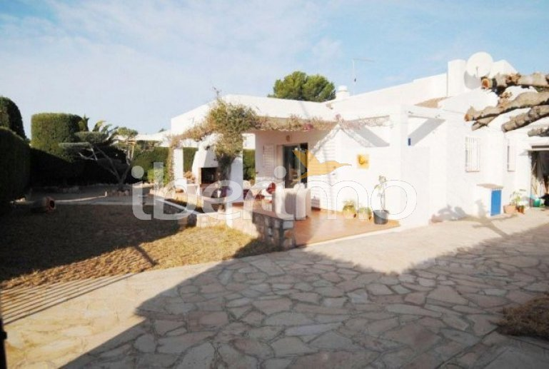 Villa   à Ametlla de Mar pour 6 personnes avec parking privée et proche mer p0