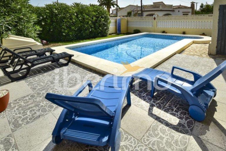 Villa   à Denia pour 12 personnes avec piscine privée p6