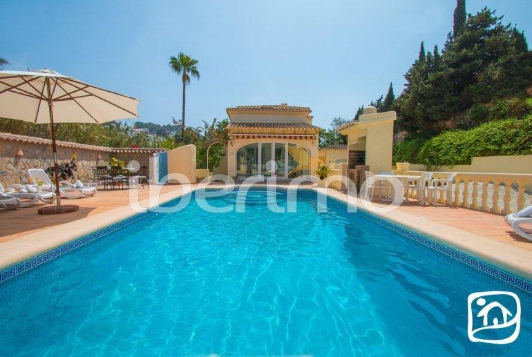 Villa   à Moraira pour 6 personnes avec piscine privée, climatisation et proche mer p0