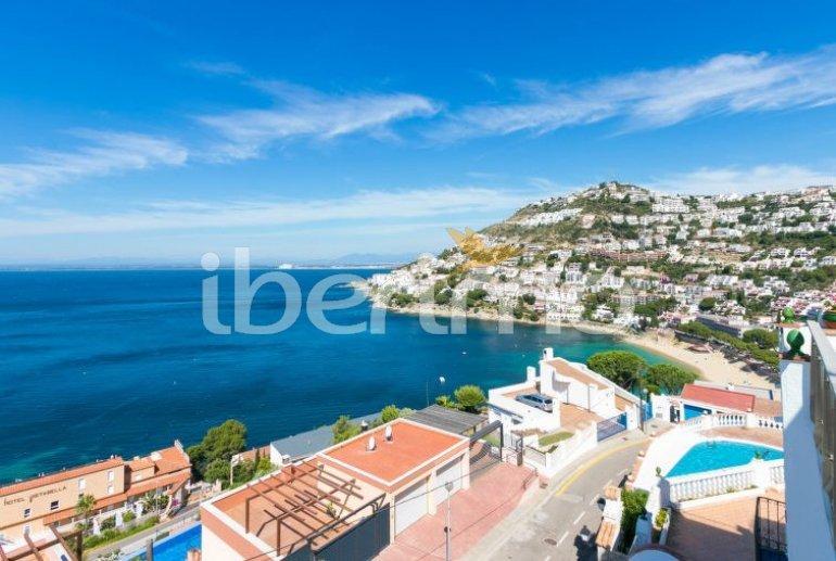 Villa   à Rosas pour 4 personnes avec piscine commune p5